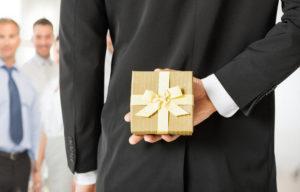6 cách đơn giản lấy lòng sếp