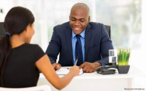 Giúp sếp bám sát các công việc quan trọng thực sự là ý tưởng khôn ngoan của nhân viên muốn lấy lòng sếp
