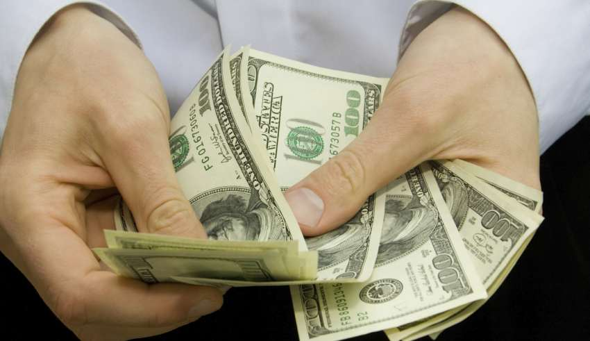 Bài học làm giàu: tằn tiện và ít phô trương
