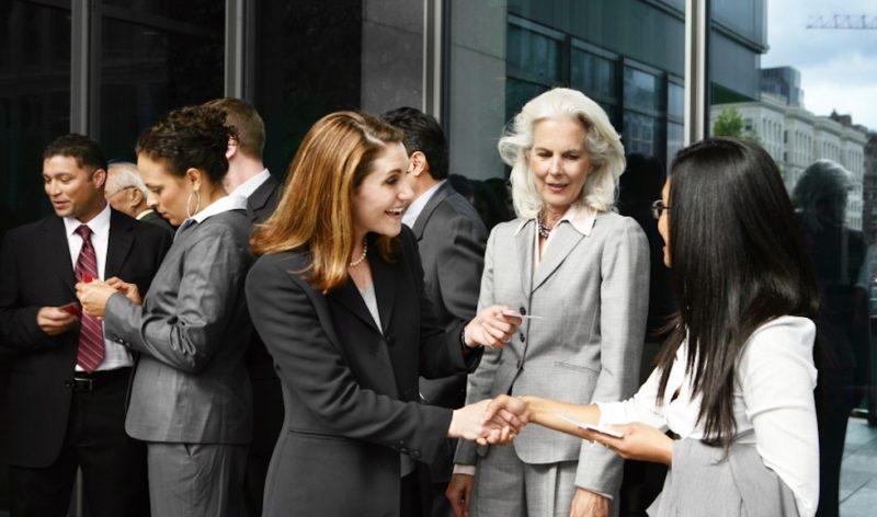 Mẹo để networking (mở rộng quan hệ) hiệu quả
